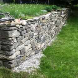 Kamenná zeď na sucho