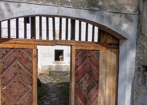 Mlýn Dobrkovice - rekonstrukce brány